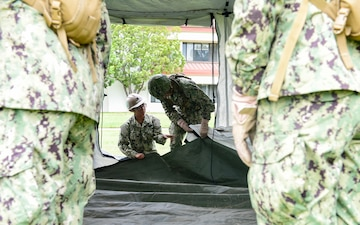 NMCB-3 Seabees Train CECOS Students