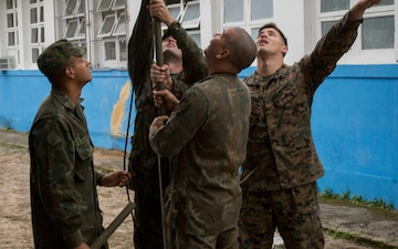US Marines, Brazilian marines establish communication lines during multinational exercise in Brazil