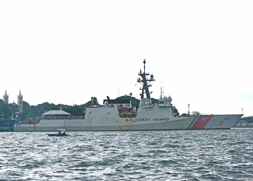 Coast Guard Cutter Stratton arrives in Philippines after Yellow Sea UNSCR enforcement patrol