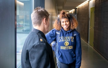 NRD Philadelphia Sailors participate in Navy Visibility Day at Lincoln University