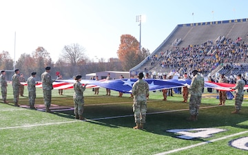 Racers and Lifeliners Come Together: Murray State University hosts 101st Sustainment Brigade at Military Appreciation Day