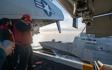 USS Theodore Roosevelt Conducts Refueling at Sea with USS Omaha