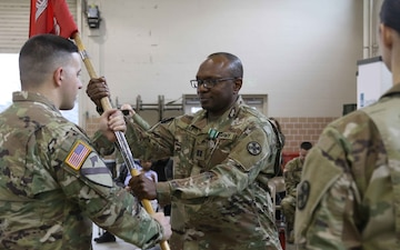 945th Engineer Company welcomes new commander