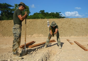 Moving Day | U.S. Marines and U.S. Navy Sailors increase interoperability with Royal Thai Marines