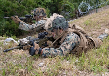 U.S. Marines conduct live-fire rocket training