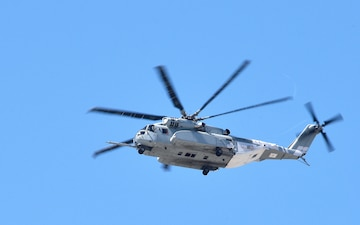 Marine Corps CH-53K King Stallion helo lands at NAS Key West