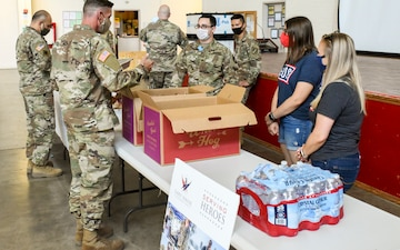 USO provides lunch to Soldiers supporting COVID-19 response