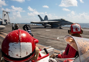 USS Ronald Reagan (CVN 76) Flight Operations
