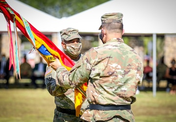 To lead and direct: 1st Armored Division change of command