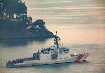 Alameda-based Coast Guard cutter returns home following a 3-month, multi-mission patrol